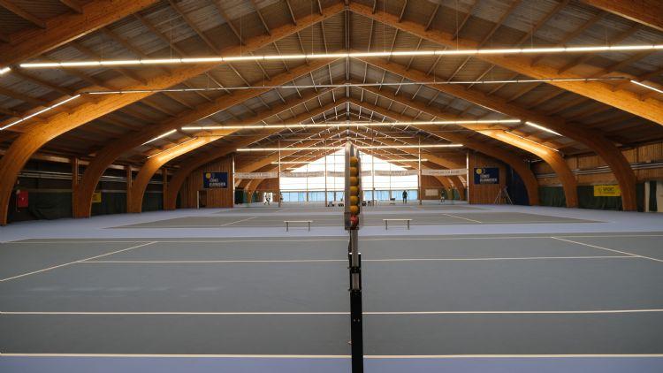 In de tennishal werden vijf Proflex Elite-banen geïnstalleerd.