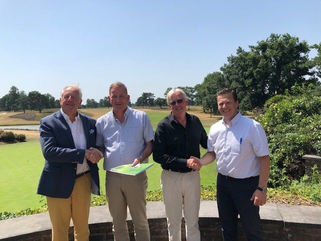 V.l.n.r. voorzitter Benoit Levecq, Jan Coppens, vice-voorzitter Godfried Benijts en Jan P. Smits.