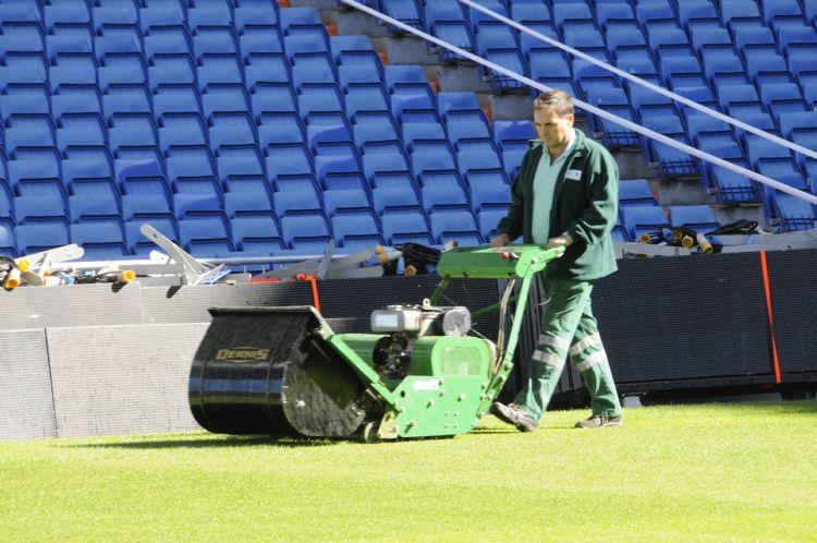 De stadionmaaiers van Dennis worden bij veel profclubs gebruikt.