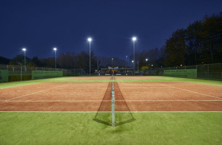 Ledverlichting op het sportpark bij TC Skinlo. Foto: AAA-Lux