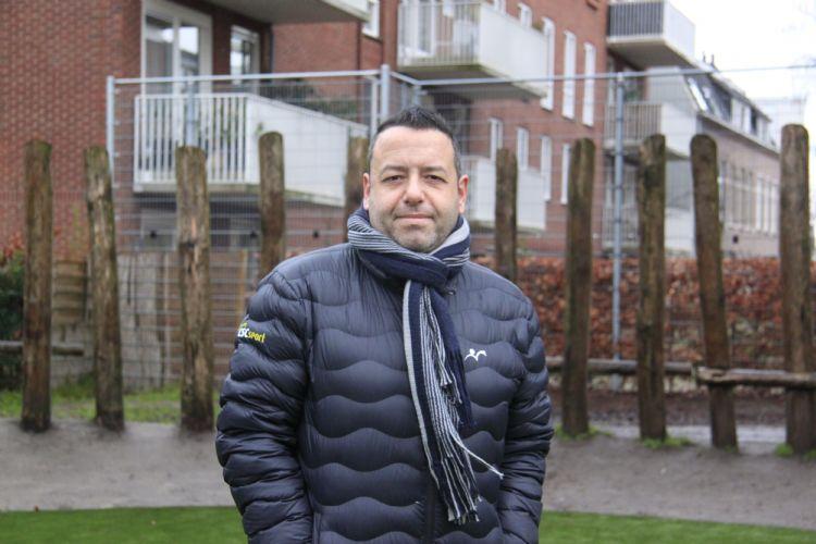 Rutger Schuijffel (CSC), projectleider voor de aanleg van dit nieuwe kunstgrasveld.
