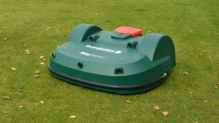 De Belrobotics Bigmow zal voortaan op de Brabantse velden te zien zijn.
