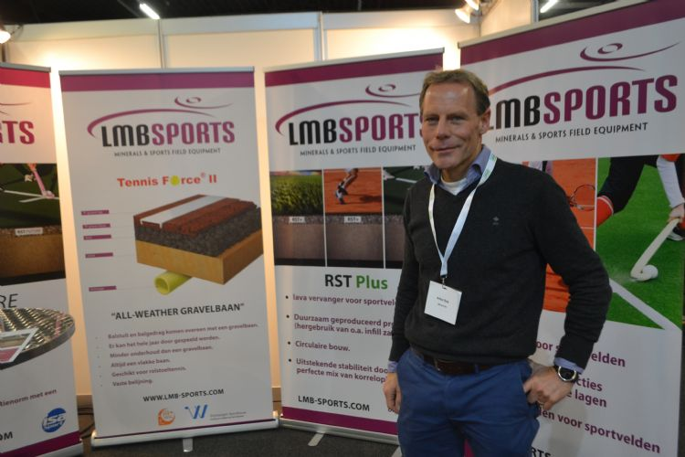 Arthur Bink was al bedrijfsleider van LMB Sports, nu is hij tevens eigenaar.
