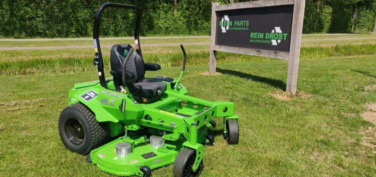 Na modellen met een werkbreedte van 122, 132 en 152 cm is er nu ook de Mean Green met een werkbreedte van 188 cm.