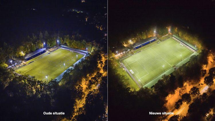 De oude en nieuwe situatie bij AGOVV: rechts is het licht duidelijk meer gecentreerd op het veld en heeft het een andere kleur.