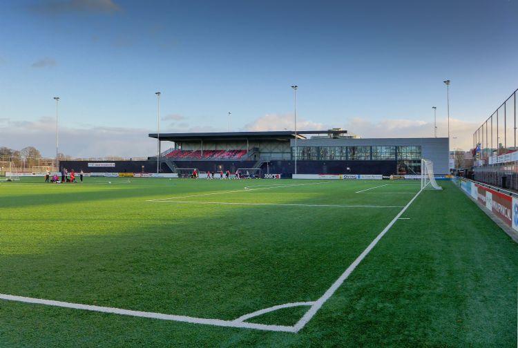 Eén van de eerste Nederlandse kunstgrasvoetbalvelden die van de vernieuwde ProPlay-Sport20 kan profiteren, is het gerenoveerde hoofdveld van Be Quick'28 in Zwolle.