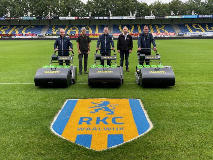 V.l.n.r.: Ronald de Nijs, Dave Allett, Thimo de Nijs, Bert van Loon en Theo van Vugt